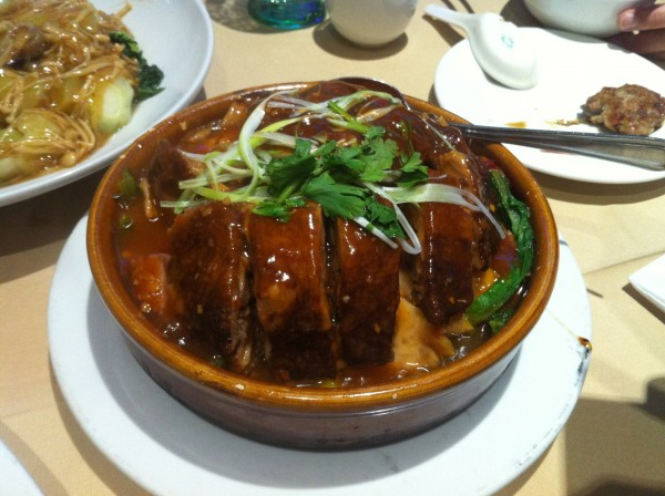 Cantonese Duck With Taro