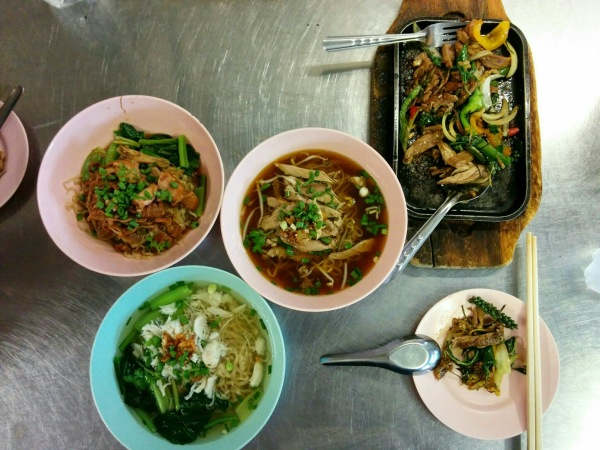 Chicken, Crab, Duck Noodle Soup + Sizzling Chicken and Peppercorns